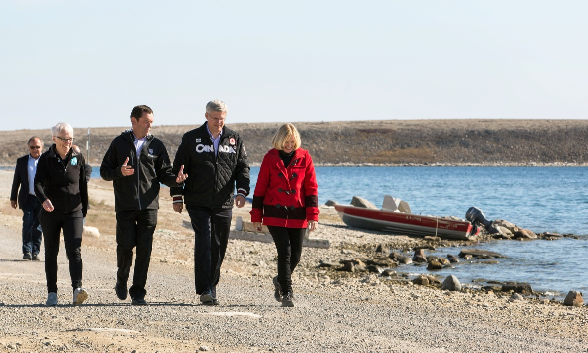 University President Jamie Cassels walks with PM Stephen Harper. Provided(photo)