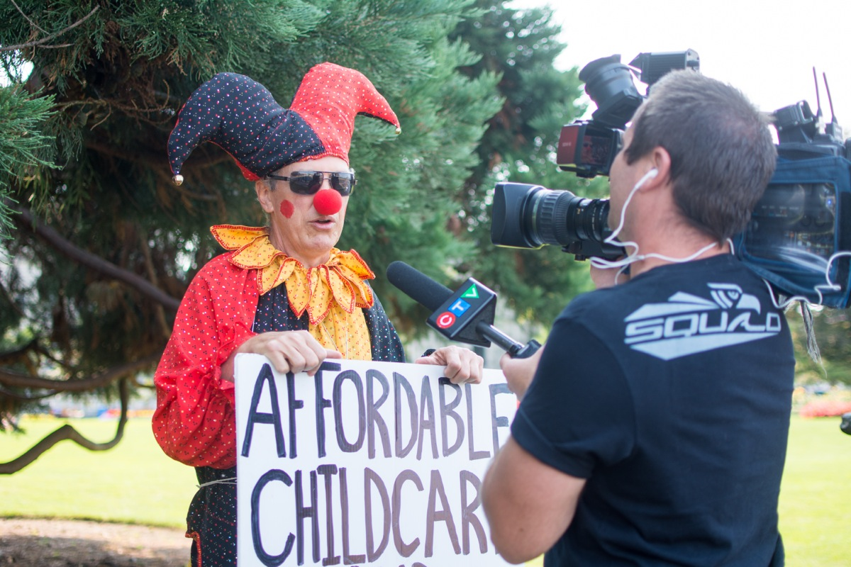 Changes the Clown (a.k.a. Rob Duncan) talks to a CTV reporter during a protest on Sept. 21. –Hugo Wong (photo)