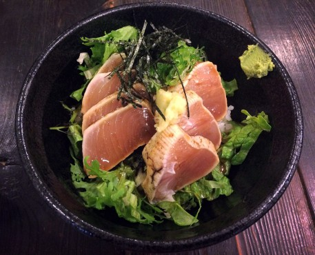 Uchida Eatery's donburi tuna (tuna rice bowl) gets a five-star review. Photo by Terri Gower