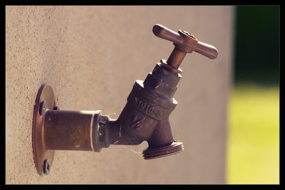 Drying up, Cape Town starts 50-litre water limit